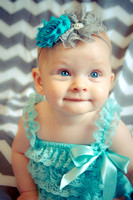 Kinlee Purdon's 6 Month Portraits